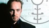 Derren Brown: Plays Russian Roulette