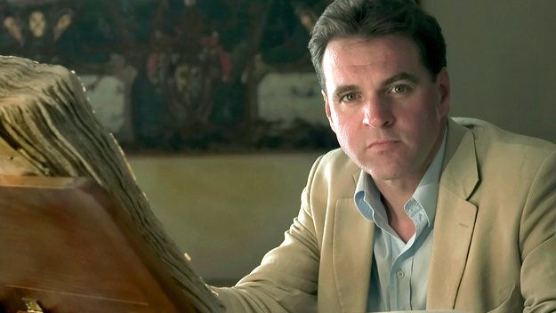 the ascent of money Book reviews the ascent of money: a financial history of the world niall  ferguson new york: penguin press, 2008, 432 pp the historian niall ferguson .
