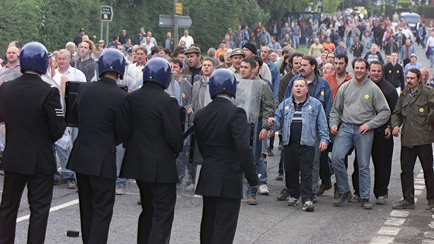 http://www.channel4.com/assets/programmes/images/the-battle-of-orgreave/c6a9a9e2-4e49-49e2-a70e-1d09100c9243_625x352.jpg