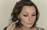 A still from 4Beauty's make-up video on creating a glam evening look