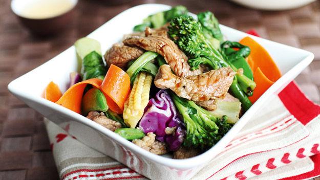 Black pepper beef and rainbow vegetable stir-fry
