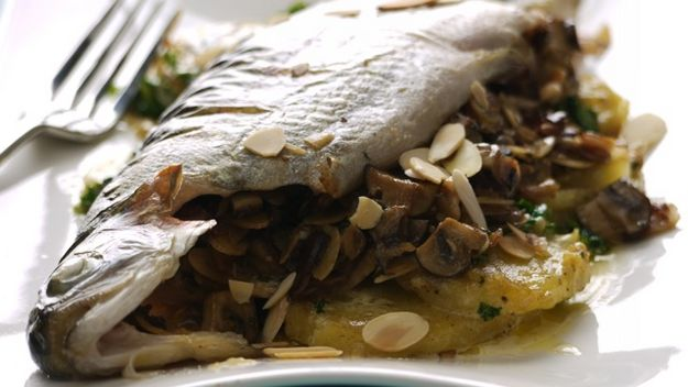 Stuffed trout with mushrooms and almonds recipe