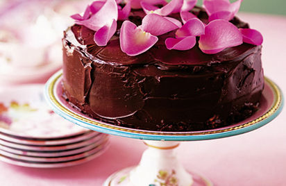 Rose petal chocolate cake