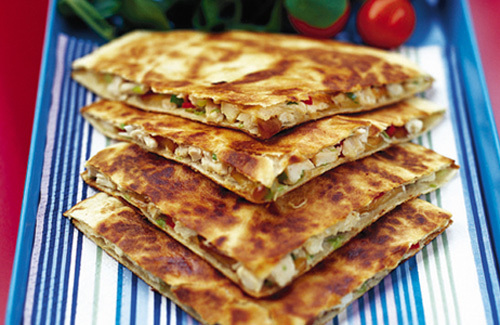how to serve a chicken quesadilla