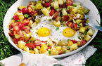 One-pan hash potatoes with bacon