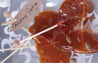 Wildly spiced caramel lollipops
