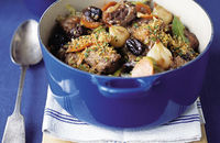 Oxtail and prune casserole