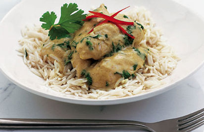 Quick Thai green chicken curry