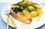 Salmon steaks with basil