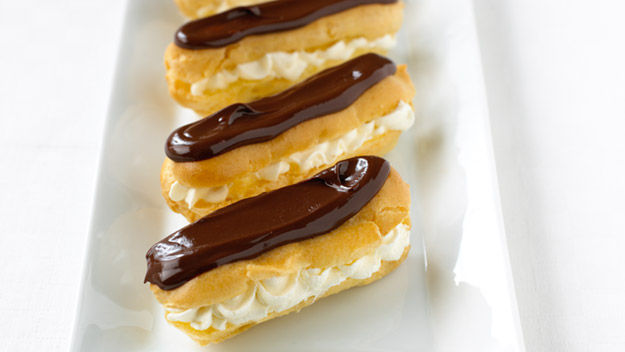 DK Mix and Match: Chocolate eclairs
