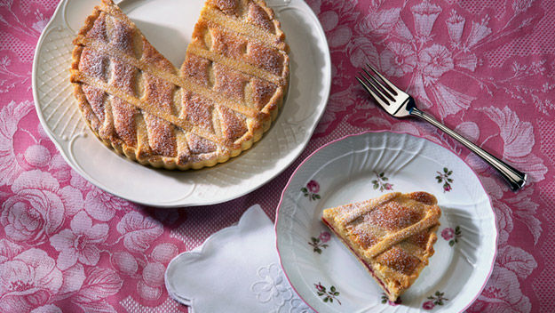 Mary Berry: Bakewell tart