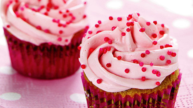 Sue McMahon: Pretty pink cupcakes