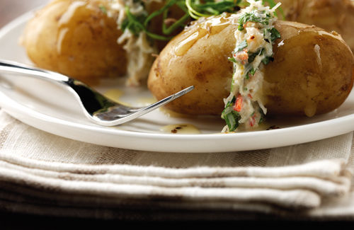 Warm potatoes with crab mayonnaise and fennel cress recipe