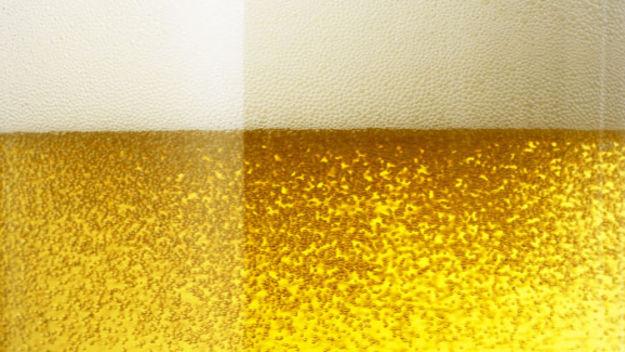 Cerveza.  Cómo quitar la cerveza