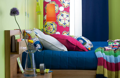 Colourful ideas for your bedroom coldwell banker ronan for Bedroom simulator ikea