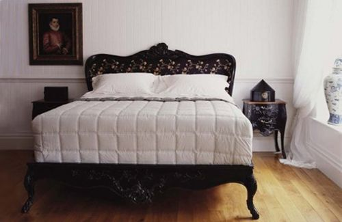 3-And-so-to-bed-BB-floral-black-bed-lg