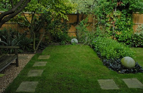 Design A Long Thin Garden - Channel4 - 4Homes