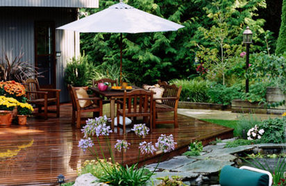 Garden Decking. Garden Design Ideas