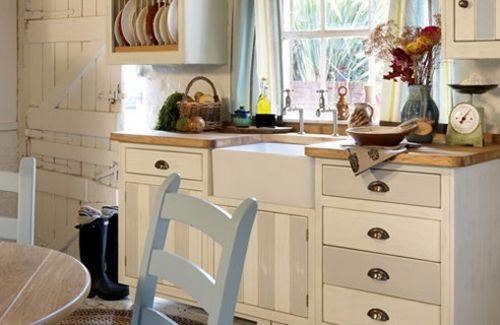 20 free standing kitchen design ideas channel4 4homes for Free standing kitchens john lewis