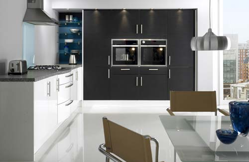 21 contemporary kitchens under 5 000 for Kitchen lighting ideas john lewis