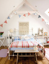 Bedroom Makeovers on Seaside Style Loft Bedroom Makeover   Channel4   4homes