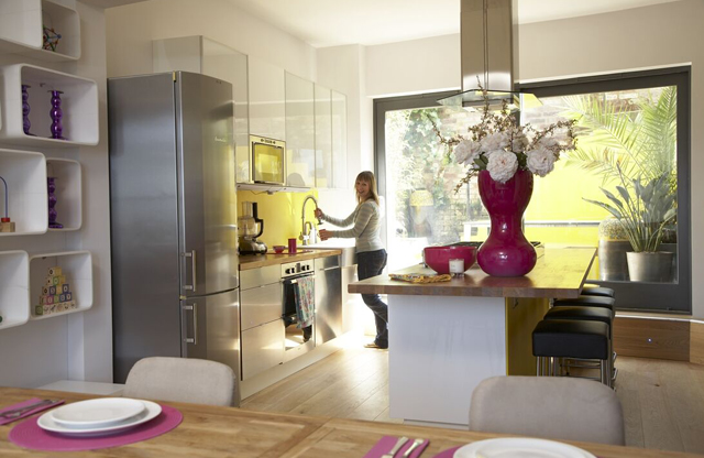 Gallery for spencer hastings kitchen for Channel 4 living room ideas