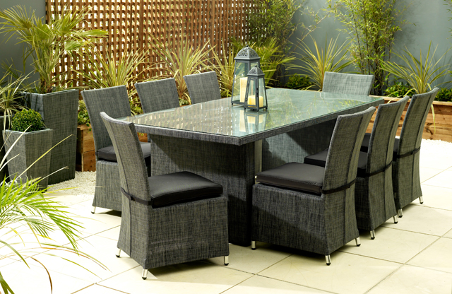 Programmes homes and gardens channel 4 for Funky garden furniture designs