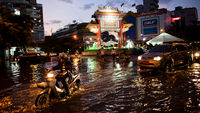 Bangkok floods: 'fighting the forces of nature' (Getty)