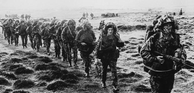 Cameron pledges commitment to Falklands (G)
