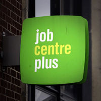 Applicants for each new job 'up 33 per cent' (G)