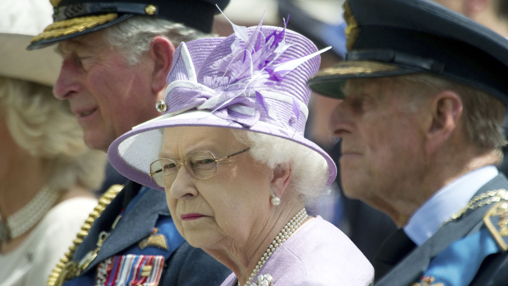 The Queen should no longer be expected to award honours to civil servants and business people for simply