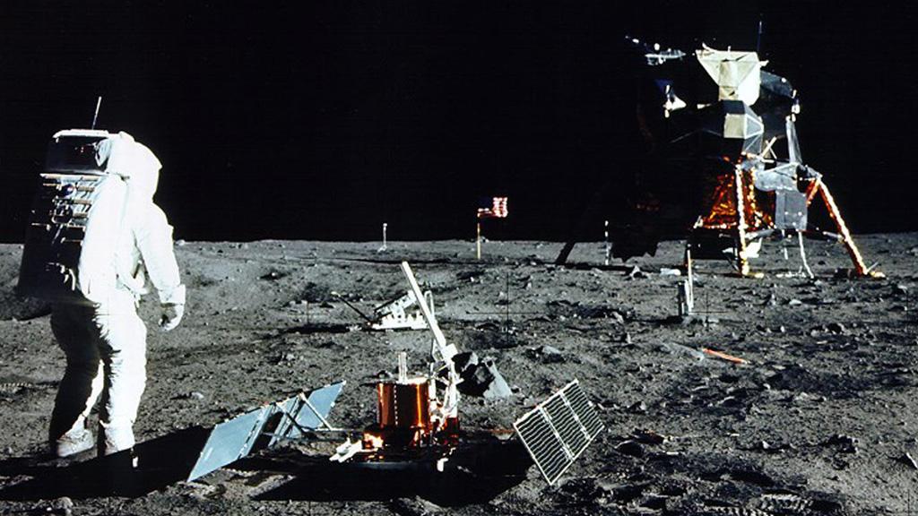 Moon landing (Reuters)