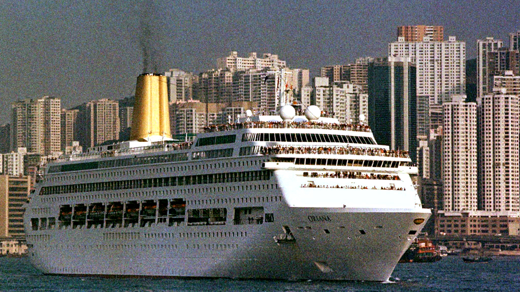 Norovirus: winter vomiting bug hits over 300 on Oriana ship (R)