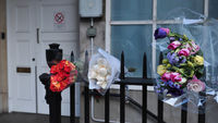 Flowers left outside the Edward VII hospital in memory of Jacintha Saldanha (Getty)