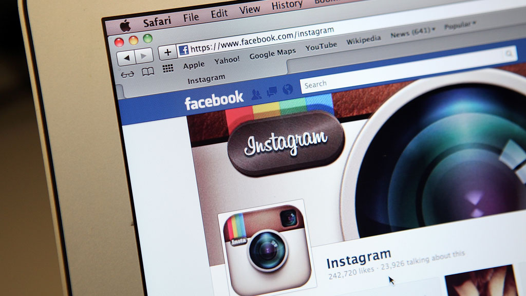 The popular photo sharing site Instagram, which was bought by Facebook earlier this year, is changing its privacy policy to allow it to sell on any photo uploaded by its users to advertisers.