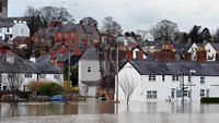 Parts of Britain braced for more floods (G)