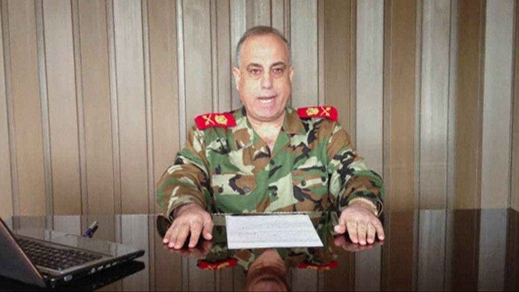 Syria military police chief defects to join rebels (R)
