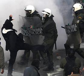 Greek protestors (Image: Reuters)