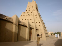 Timbuktu is believed to have been founded in the 5th century by a group of Imakcharen Tuaregs.
