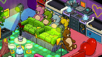 Screen image from Habbo Hotel.