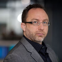 Jimmy Wales has called on Theresa May to halt the extradition