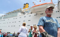 Costa Allegra arrives in the Seychelles