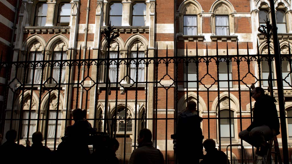 Media waiting outside the High Court for the Leveson Inquiry (Getty)