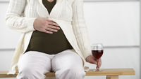 Drinking in pregnancy 'harms baby's IQ' (G)