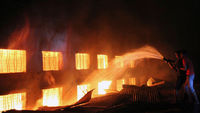 Over 100 die in Bangladesh factory fire (pic: G)