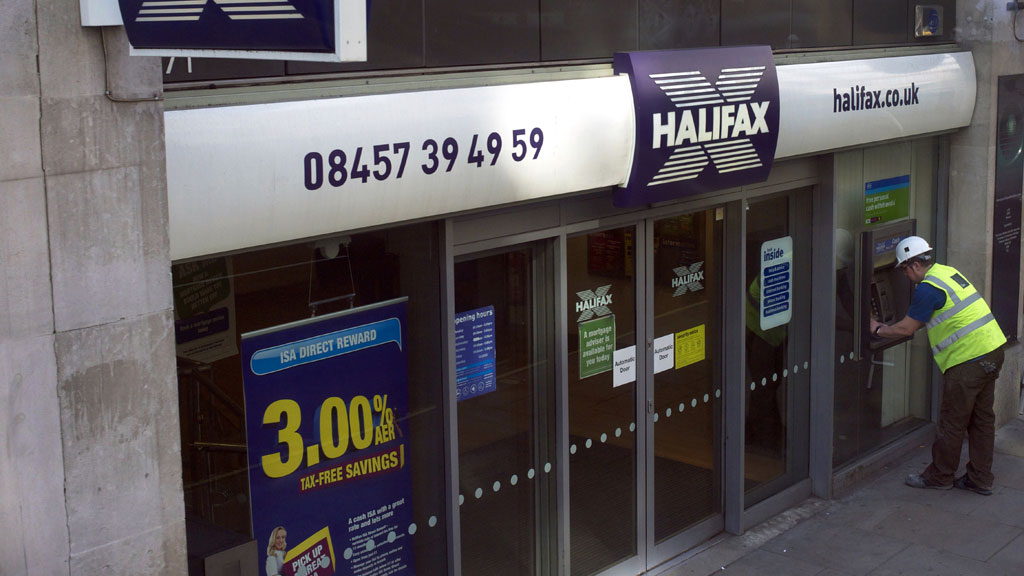 c25b0153056da Scores of Halifax and Lloyds TSB customers have their cards rejected and  been left unable to