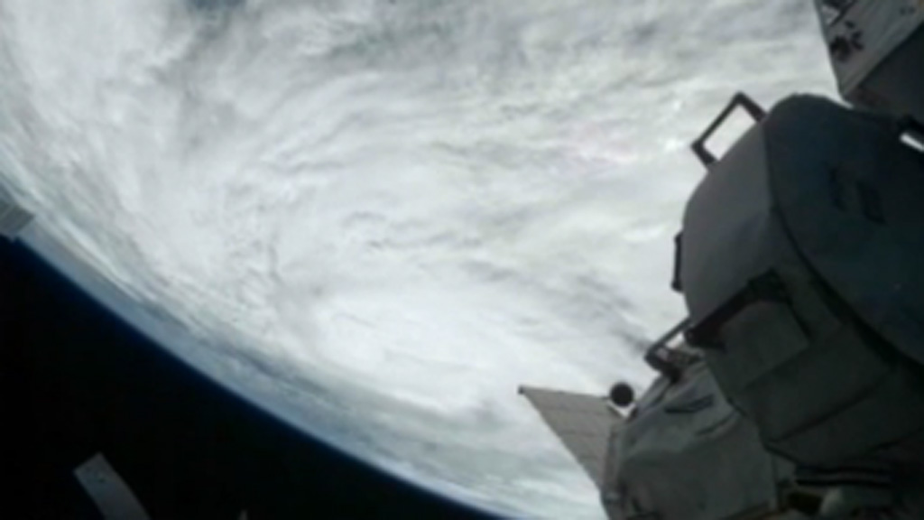 hurricane sandy from space station - photo #6