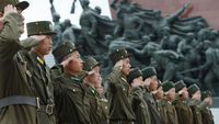 Soldiers in Pyongyang (reuters)