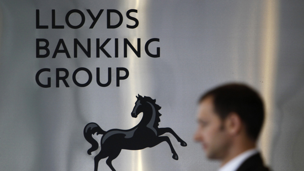 Lloyds fined for 'serious failings' in bonus scheme