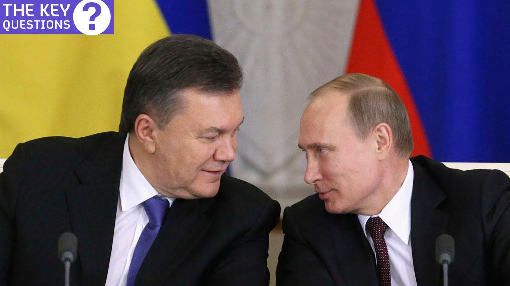 President Viktor Yanukovych and President Vladimir Putin (Reuters)